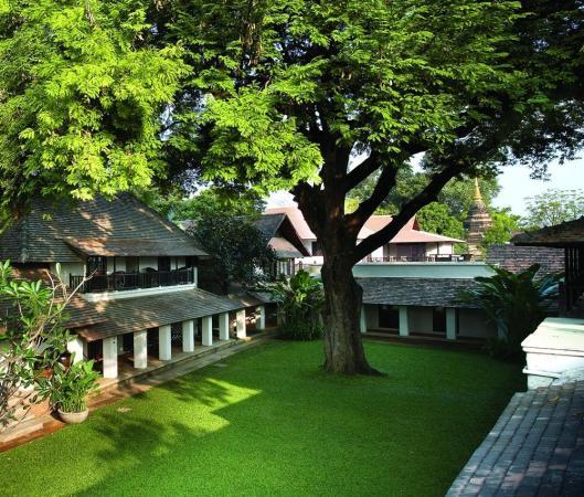 Tamarind Resort hotel